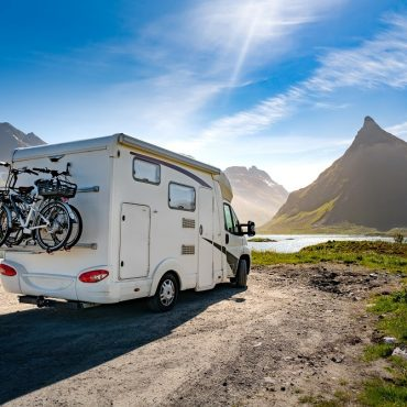 Guide For Living On The Road For A Year In An RV